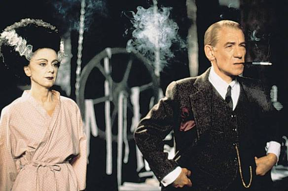 James Whale (Ian McKellen)og Frankensteins brud i Gods and Monsters (1998)